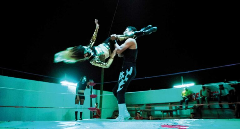 TIEMPO DE HISTORIA LARGOMETRAJES 2021 - Luchadoras - © Rise and Shine