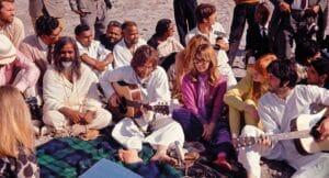 TIEMPO DE HISTORIA LARGOMETRAJES 2021 - The Beatles and India - © Colin Harrison - Avico